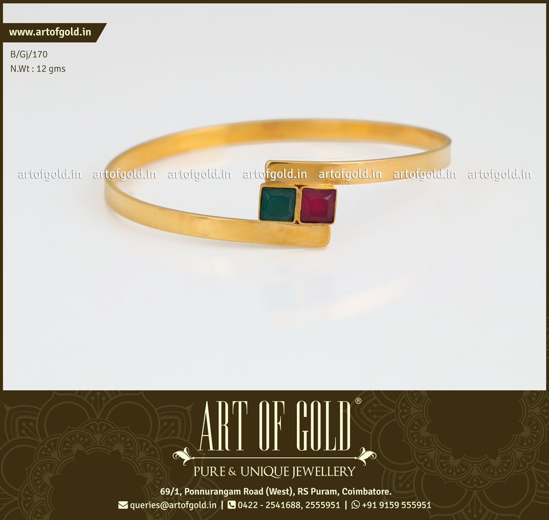 Office Wear Bangle with Square Kemp Stone