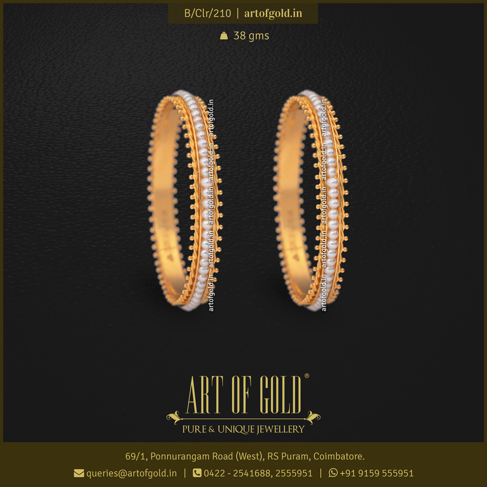Pearl Bangle with Gold filigree work