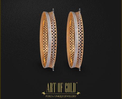 Designer Daily Use Gold Bangle
