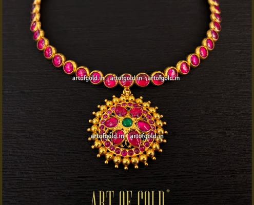 Gold Addigai Necklace with Kemp Stone